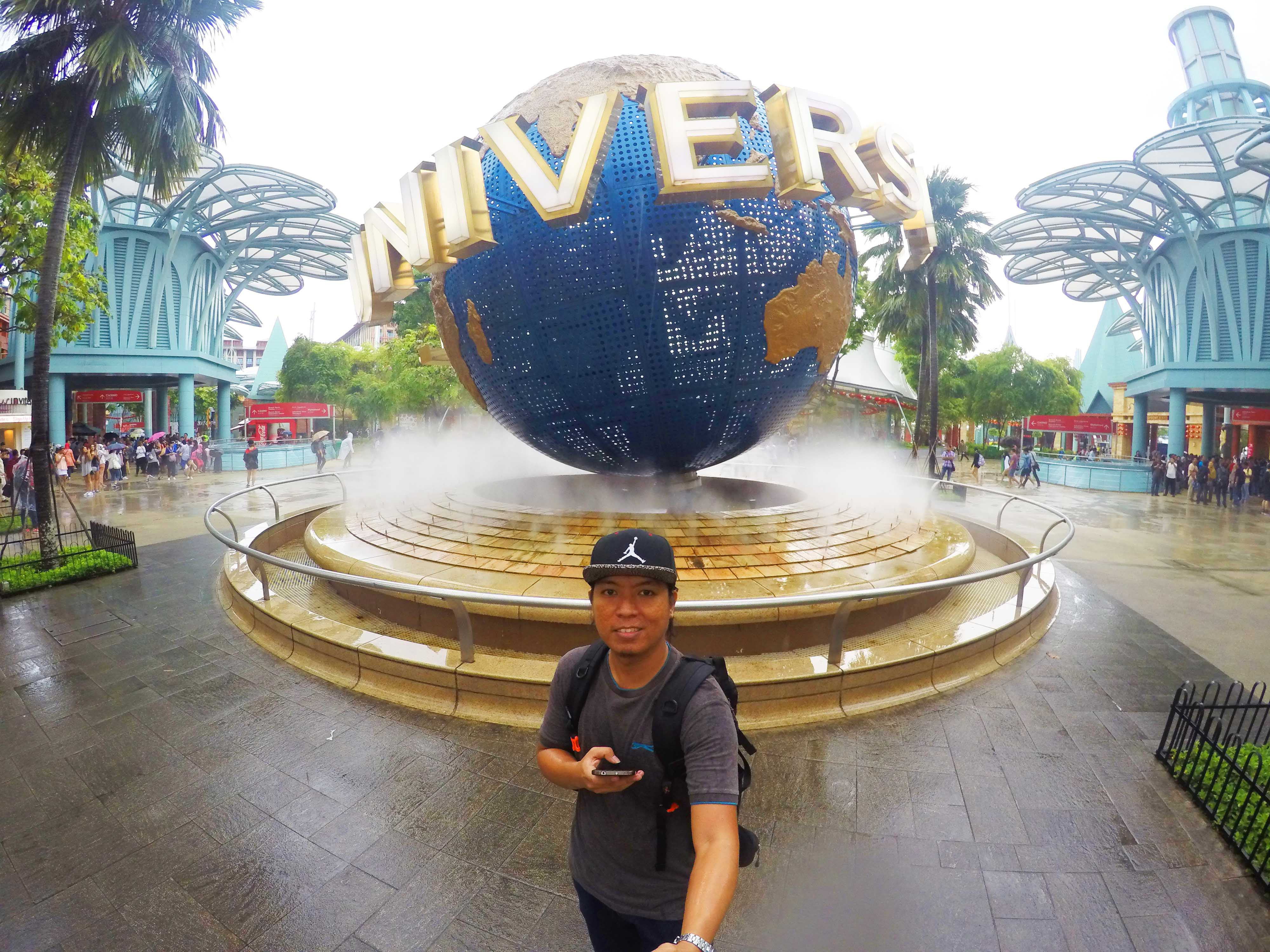 Solo Backpacking_Universal Singapore