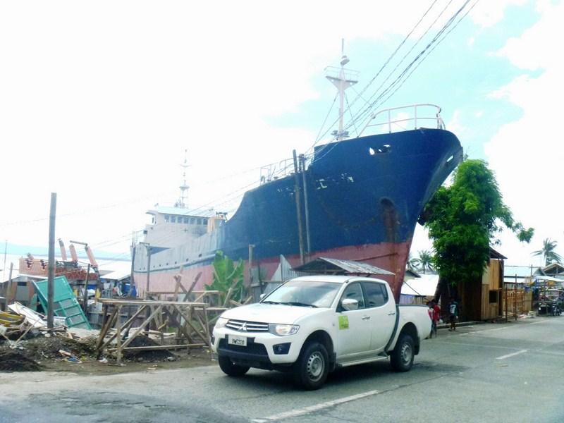 Tacloban_MV-Eva-Jocelyn